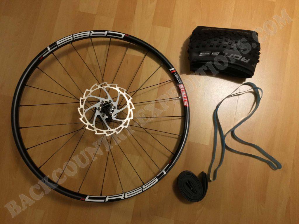 Einzelteil Laufrad, Felgenband, Schlauch und Reifen