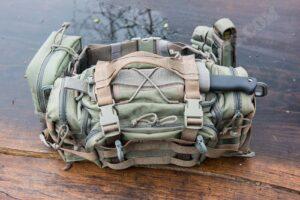 Maxpedition Sabercat + Spec OPS Combat Master Sheath mit Busse Combat Basic 6
