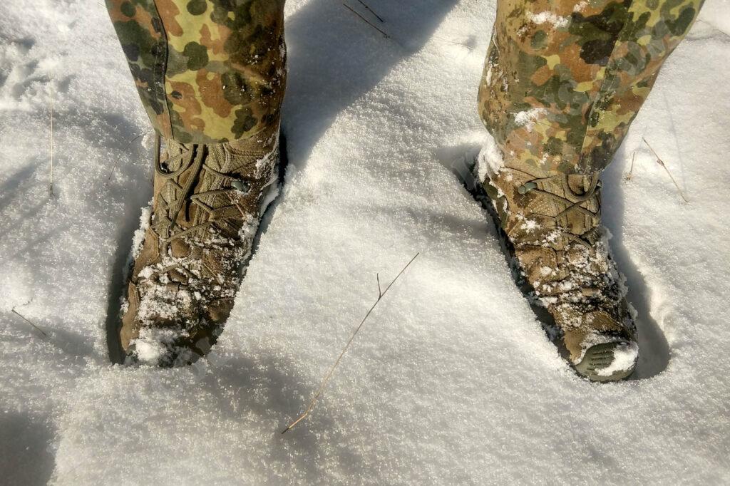 Lowa Zephyr GTX HI TF im Schnee