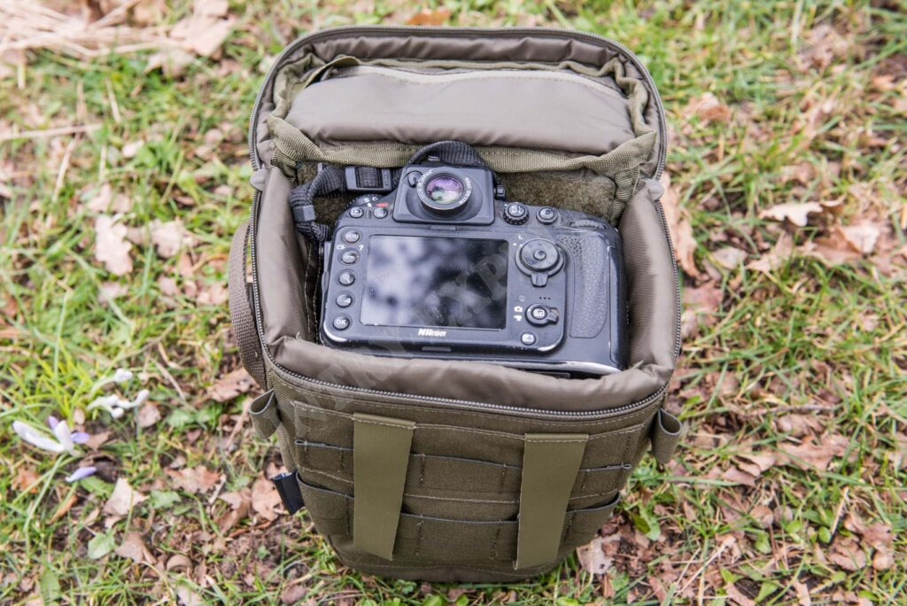 Tasmanian Tiger Focus ML Camera Bag mit Nikon D800 + Nikkor 12-24mm
